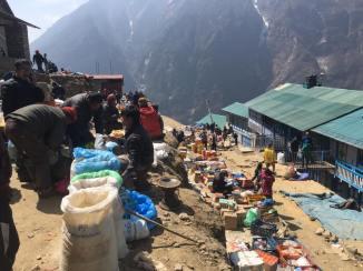market-in-namche